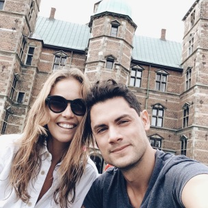 Veronica Assis and Camilo Calderon at Rosenborg Castle Copenhagen